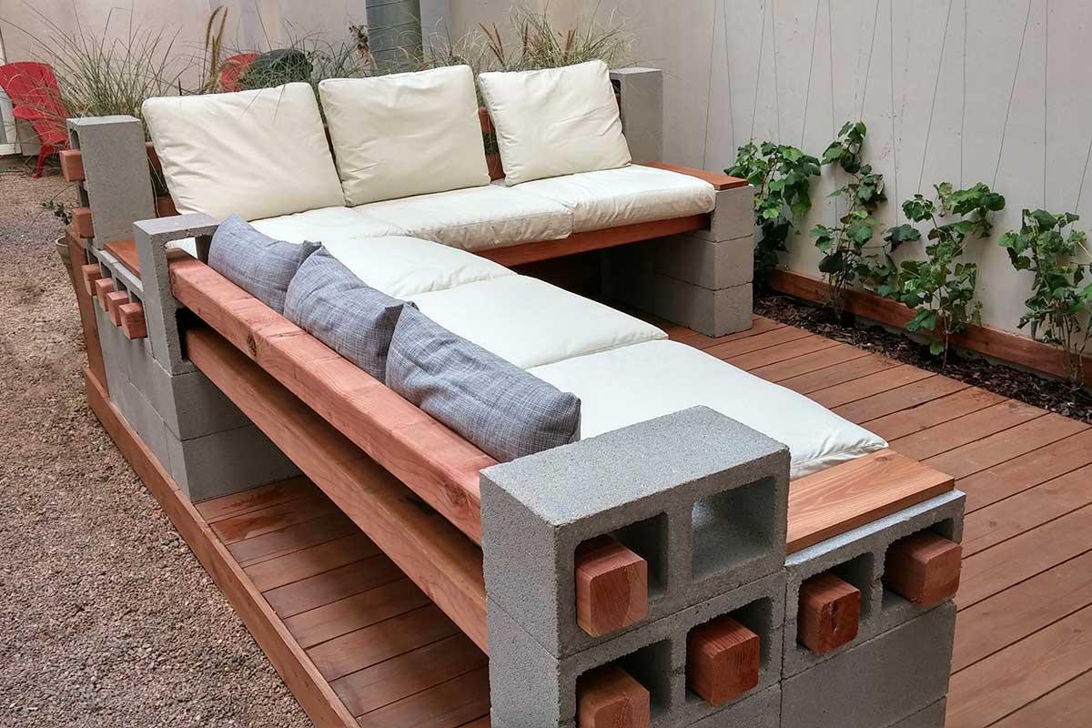 Ławka ogrodowa z pustaków wentylacyjnych